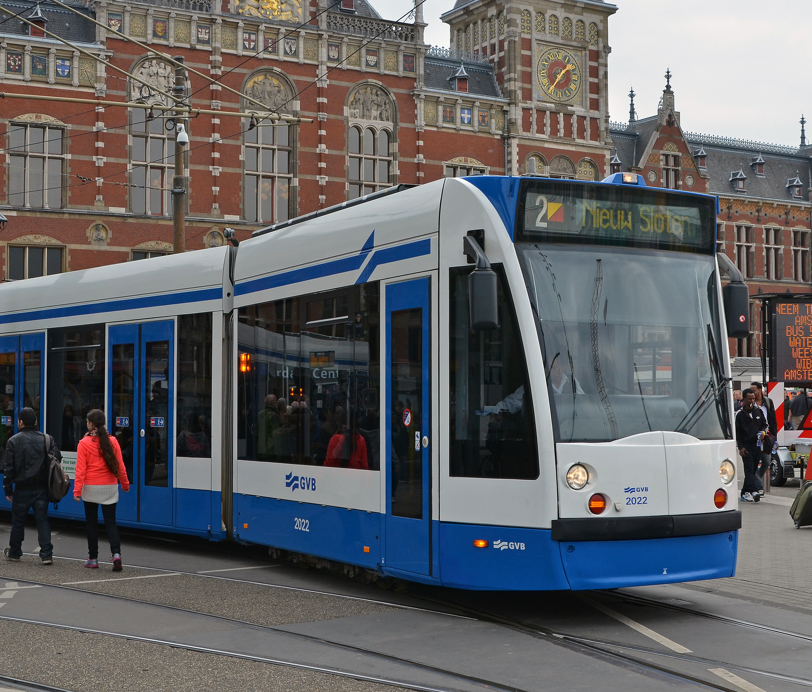 Case Study: Amsterdam Transit Operator Seeks to Go Nearly 100% Digital for Ticketing to Cut Costs and Enhance Service