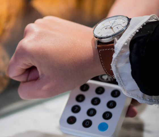 Visa Increases Support for Analog Watches and Other Passive Wearables
